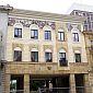 Artmur - Sgraffito - Sgraffito na elewacji budynku Wojewódzkiego Sądu Administracyjnego w Łodzi na ul. Piotrkowskiej