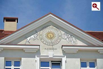 Artmur - Sgraffito - Zegar słoneczny w Rzeszowie na rynku